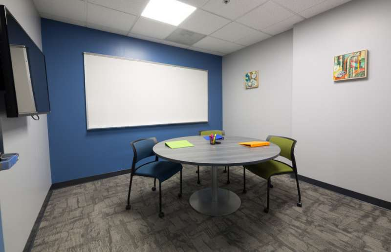 Stylish Campbell Meeting Room
