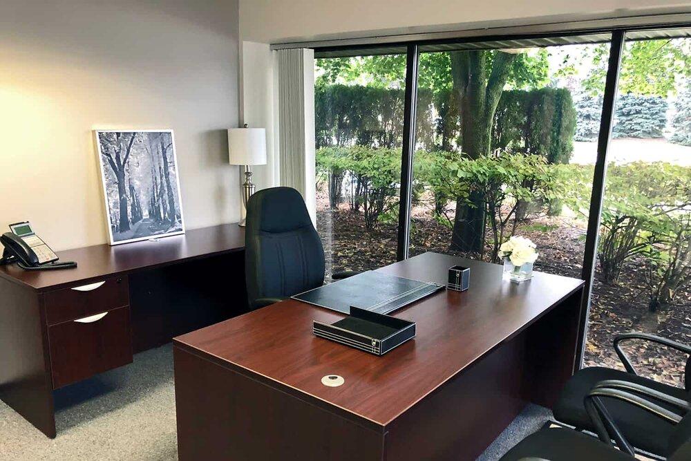 Stylish Troy Meeting Room