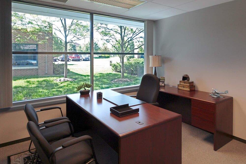Stylish Warrenville Meeting Room