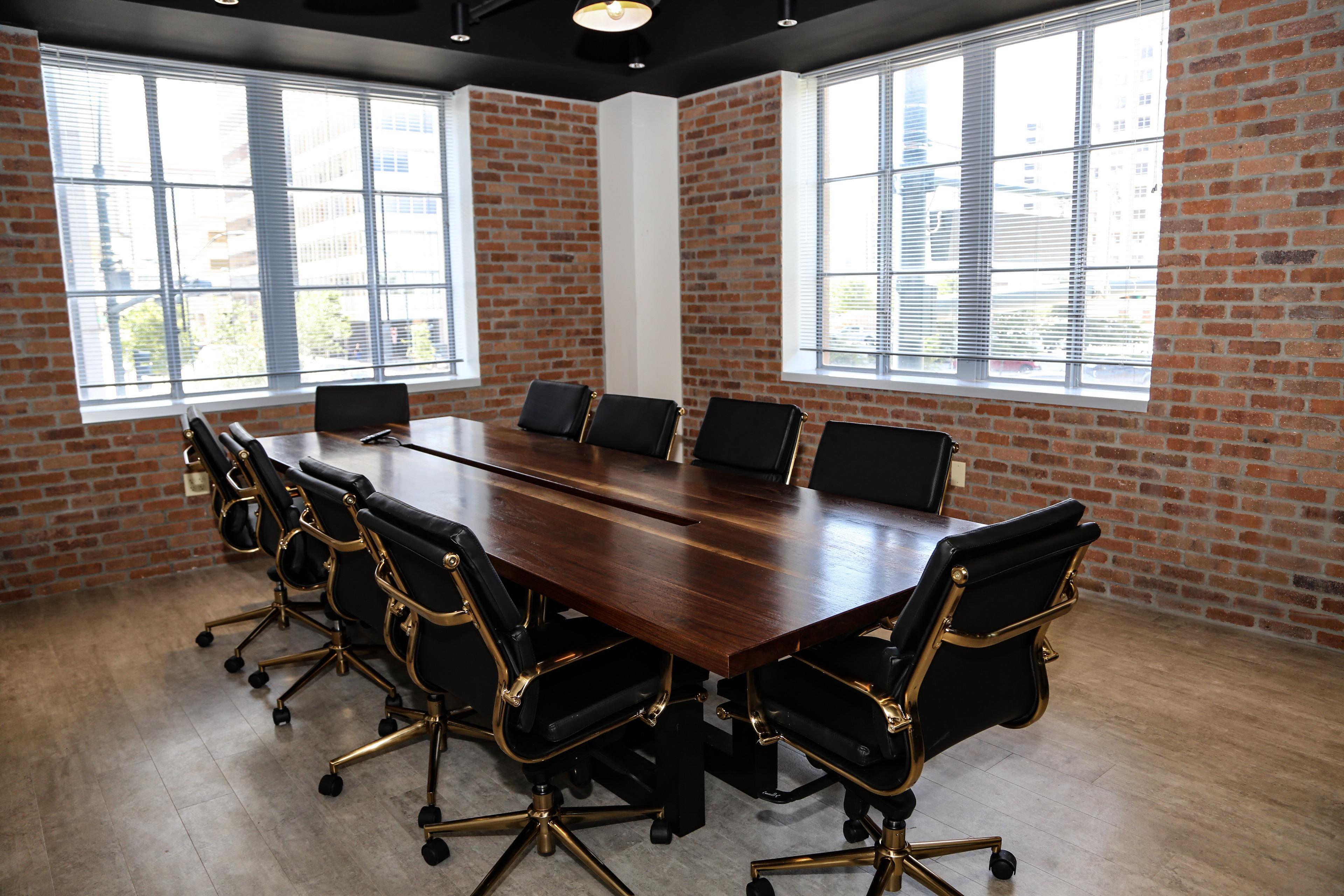 Stylish Midland Meeting Room