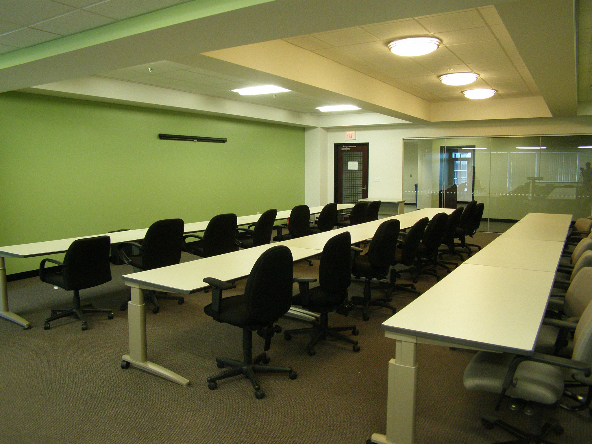 Nice Conference and Meeting Rooms in Woburn