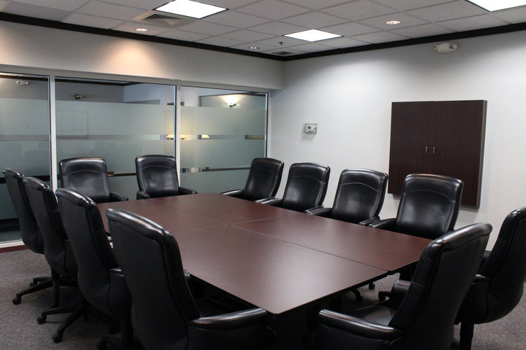 Stylish Schaumburg Meeting Room