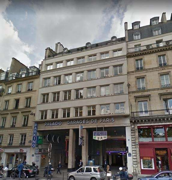 Paris Business Address - Building Location