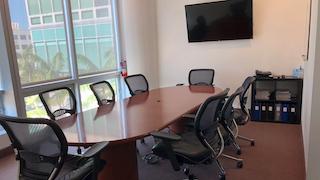 Stylish Aventura Meeting Room