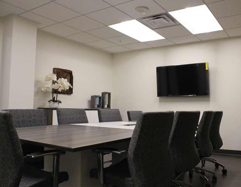 Stylish Long Beach Meeting Room